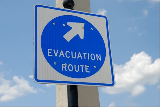Staying Safe During a House Fire: Tips For When You Can or Can't Evacuate